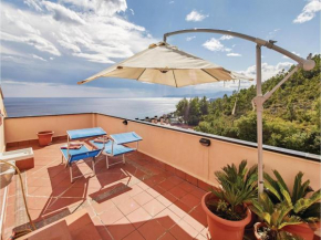 Apartment Varazze 68 with Outdoor Swimmingpool